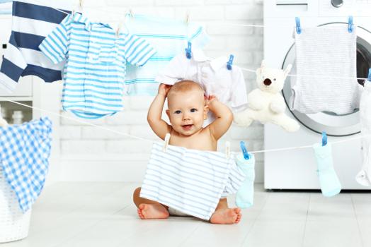 איך לכבס בגדי תינוקות?