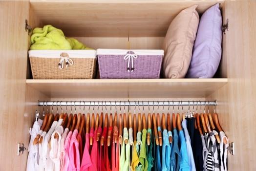 ריח טוב לארון בגדים